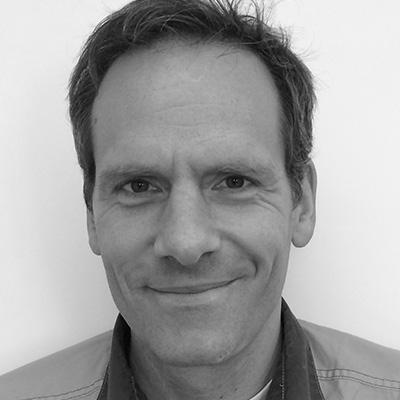 Dr. Andreas Schobert
